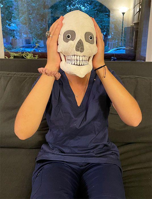 Skull nurse head